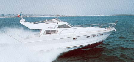 MARCHI 42 FLY - click to have more informations about this boat.